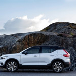 271703_Volvo_XC40_Recharge_P8_AWD_in_Glacier_Silver